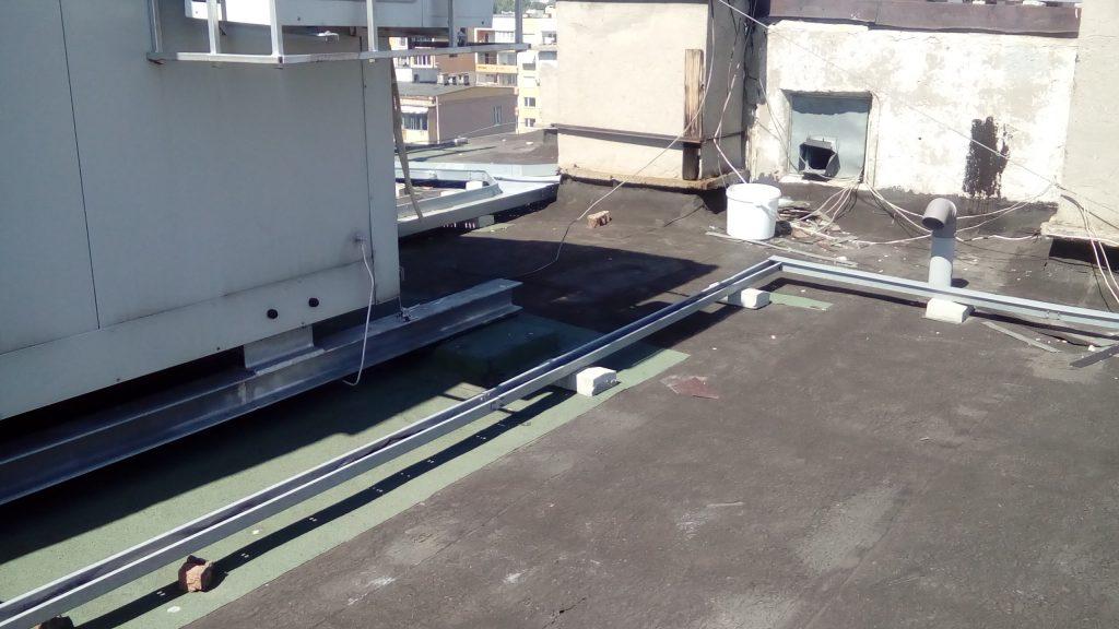 Професионалистите в хидроизолация на покриви с мобилни антени